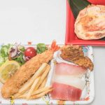 お子様弁当 (すし) ¥1,500 ※巻物に変更することも可能です。